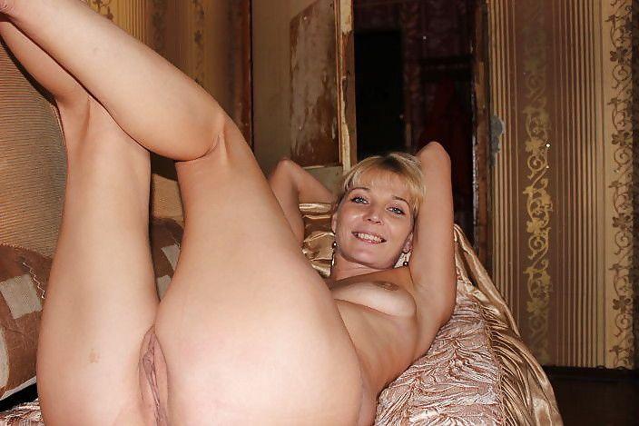Зрелые любовницы не успели прикрыть обнаженное тело порно фото бесплатно