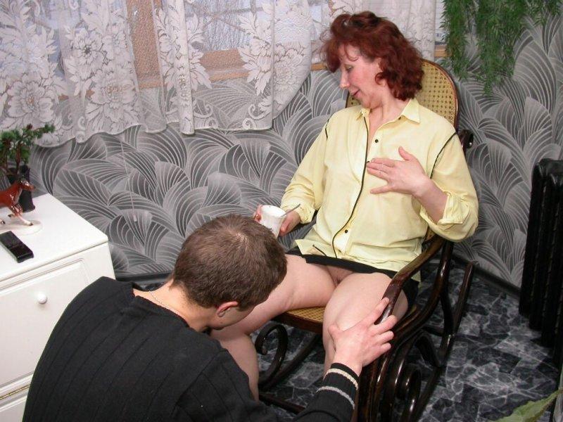 молодые парни соблазняют старых женщин что огорчало гораздо